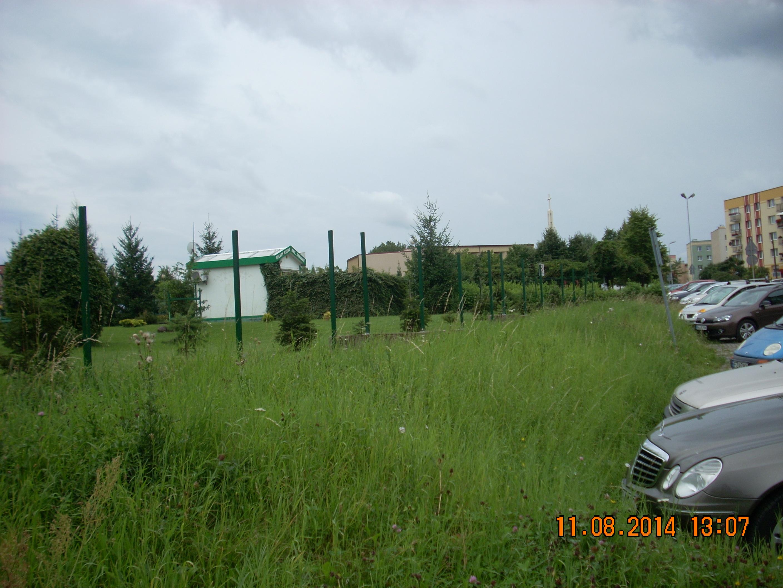 Ilustracja do informacji: Nowe ogrodzenie przy SP. Nr 1