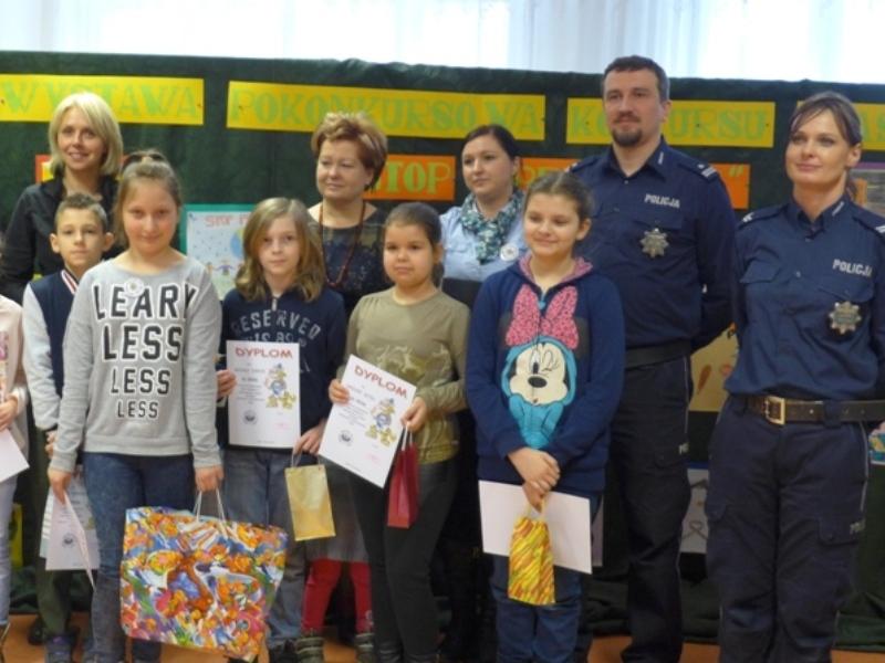 Ilustracja do informacji: Obóz detektywistyczny dla dzieci