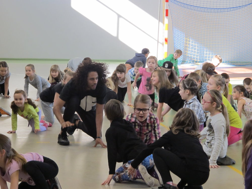 Ilustracja do informacji: Warsztaty taneczne zakończone