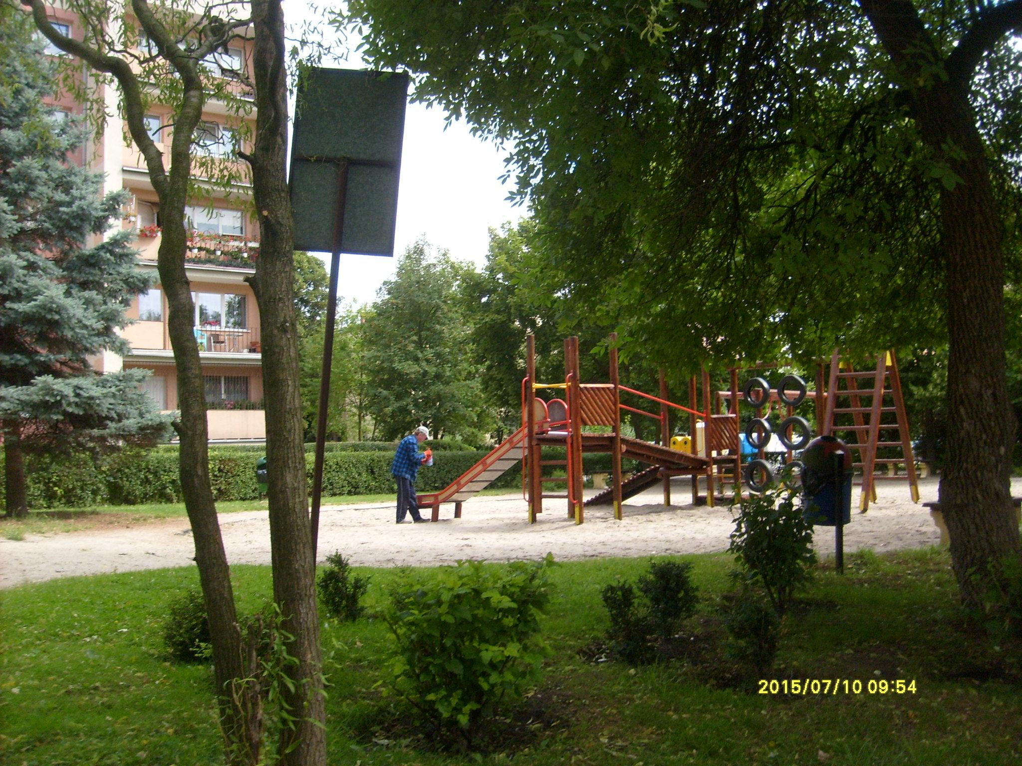 Ilustracja do informacji: Plac zabaw przy ul. Traugutta