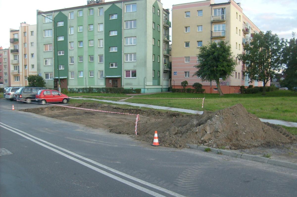 Ilustracja do informacji: Dodatkowe miejsca parkingowe na Wieniawskiego