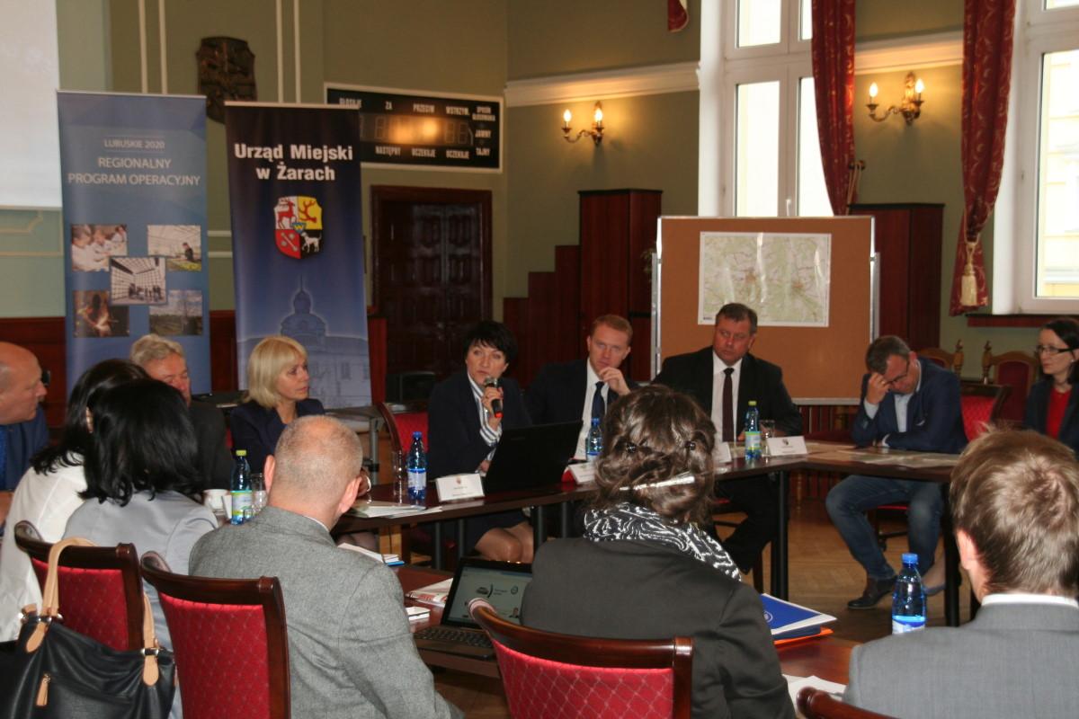 Ilustracja do informacji: Konsultacje Żarsko- Żagańskiego Obszaru Funkcjonalnego