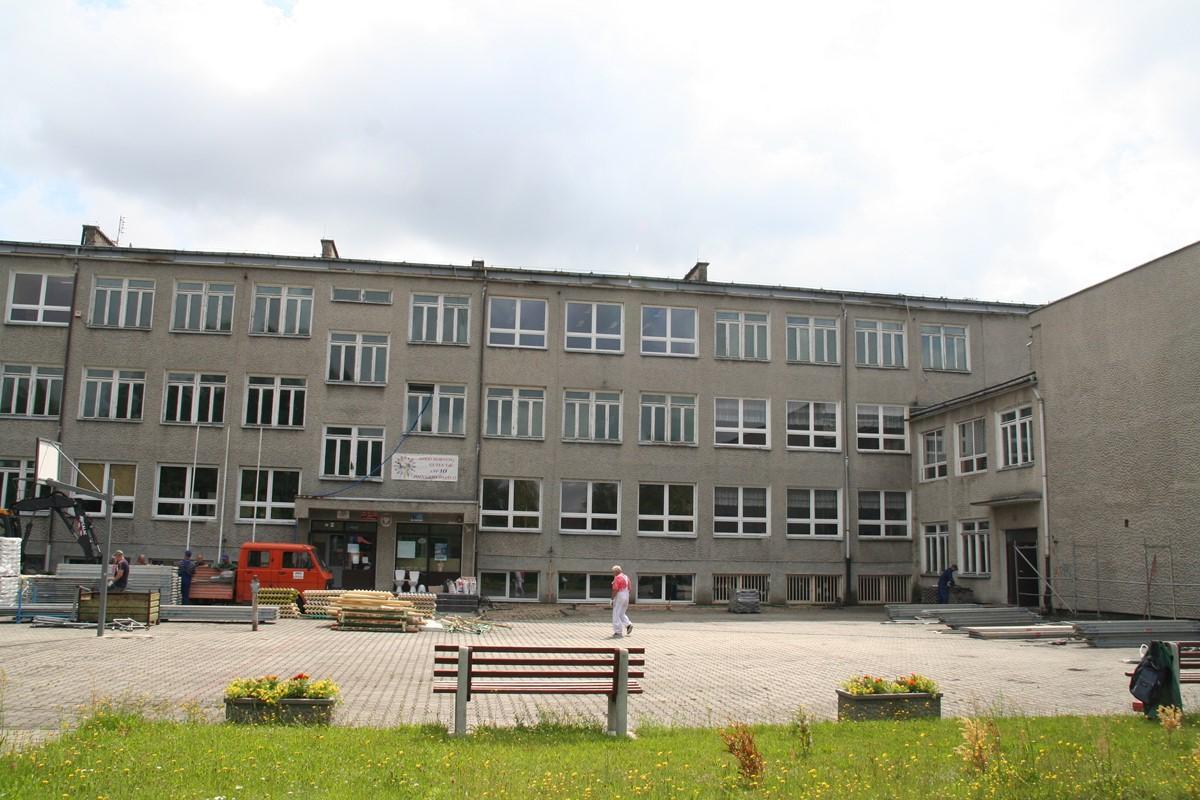 Ilustracja do informacji: Szkoła w Kunicach