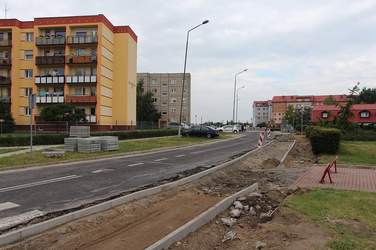 Ilustracja do informacji: Trwa przebudowa drogi - ul. Wieniawskiego