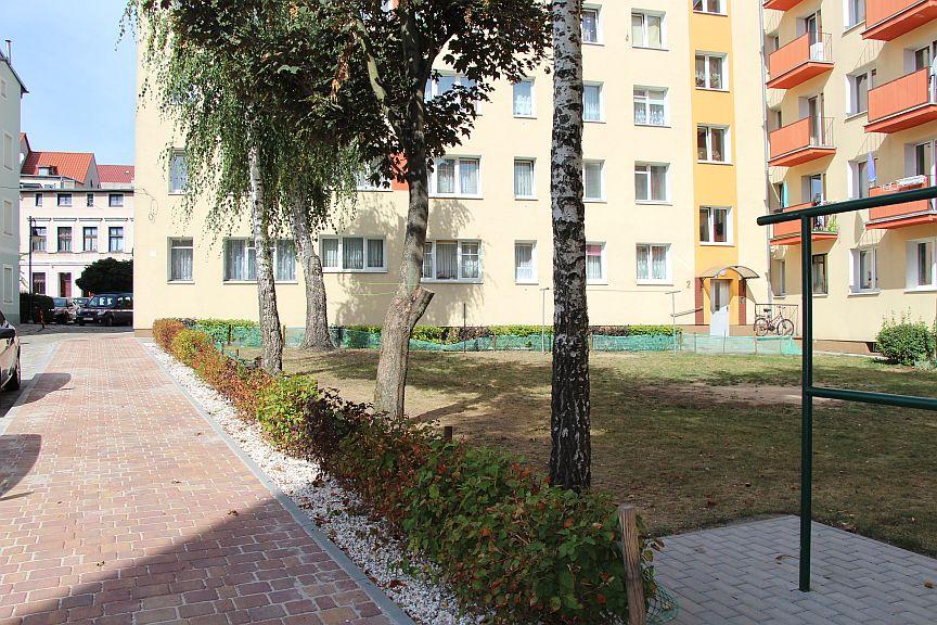 Ilustracja do informacji: Ulica Jagiełły – chodnik po przebudowie