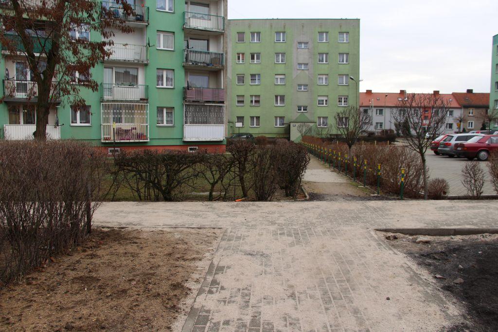 Ilustracja do informacji: Utwardzenia działki nr 136/11 – ciąg pieszy pomiędzy ul. Zwycięzców i Gnieźnieńską