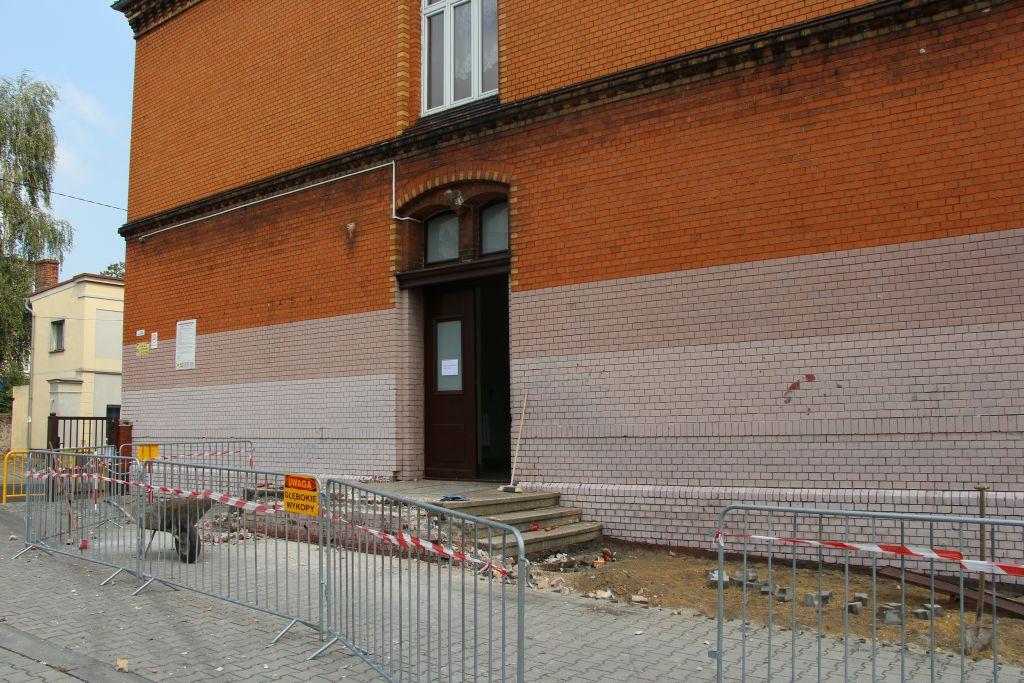 Ilustracja do informacji: Remonty w Zespole Szkolno - Przedszkolnym