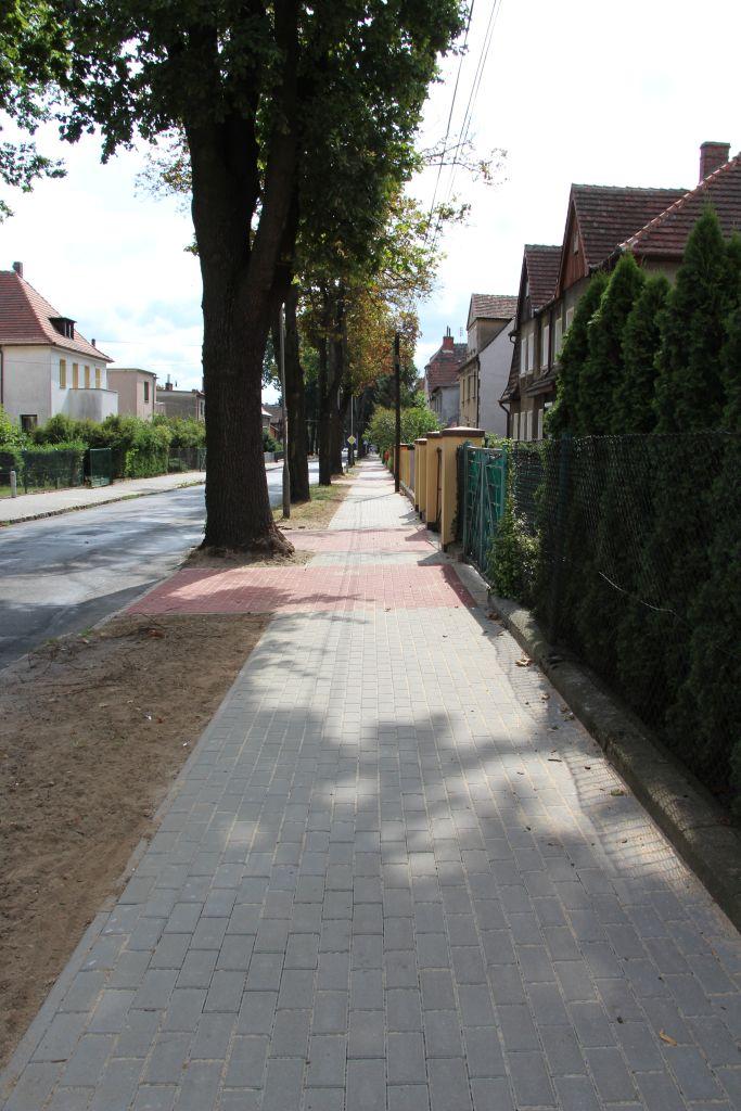 Ilustracja do informacji: Przebudowany chodnik - ul. Katowicka