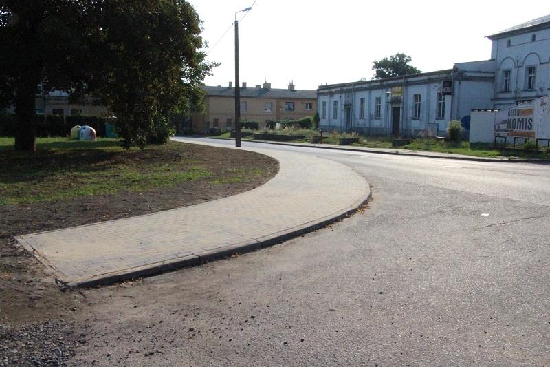 Ilustracja do informacji: Przebudowany chodnik - ul. Witosa