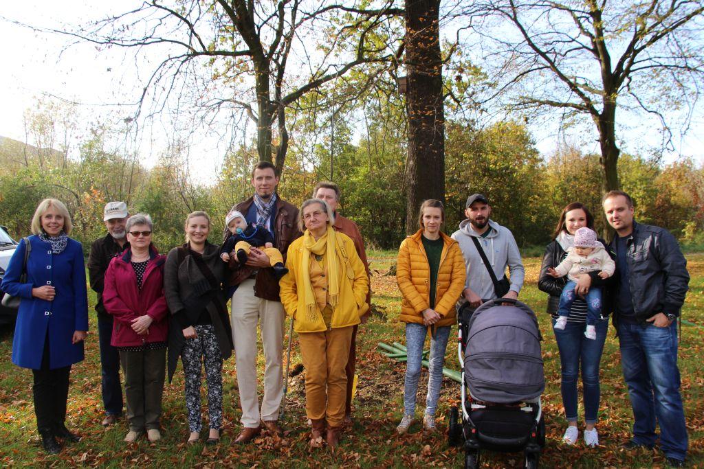 Ilustracja do informacji: Pierwsze Drzewa Młodych Żaran
