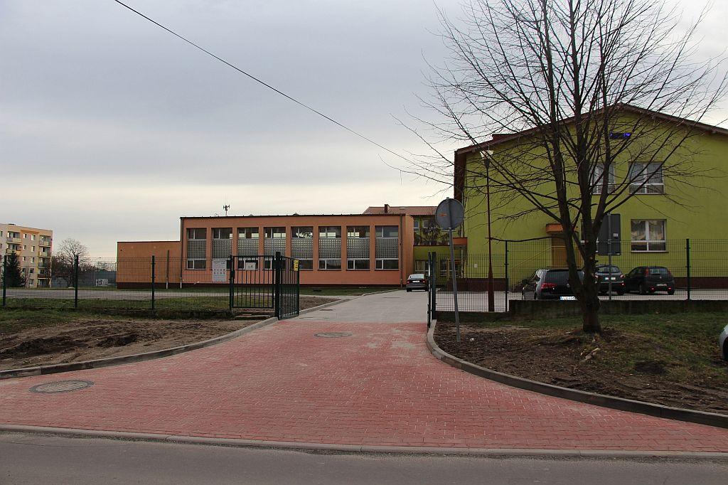 Ilustracja do informacji: Zakończono prace przy Szkole Podstawowej nr 1 w Żarach
