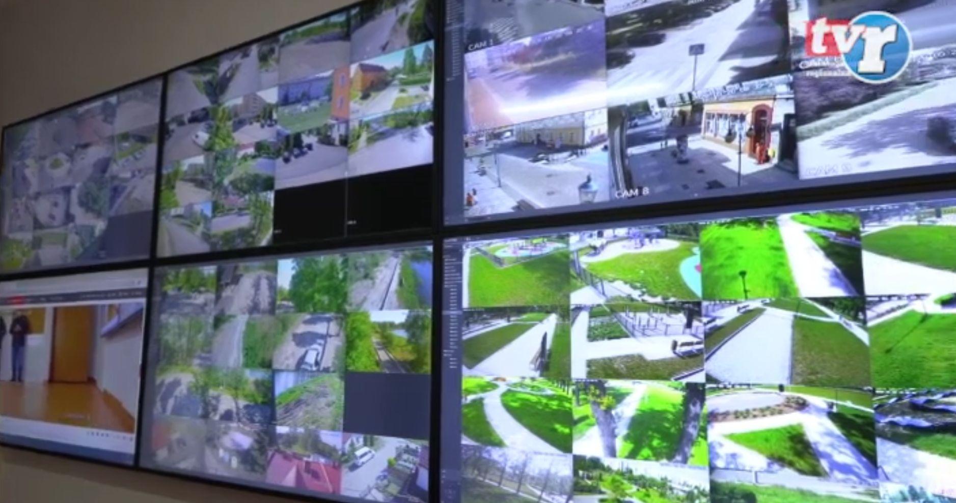 Ilustracja do informacji: Centrum monitoringu Żary pod kontrolą