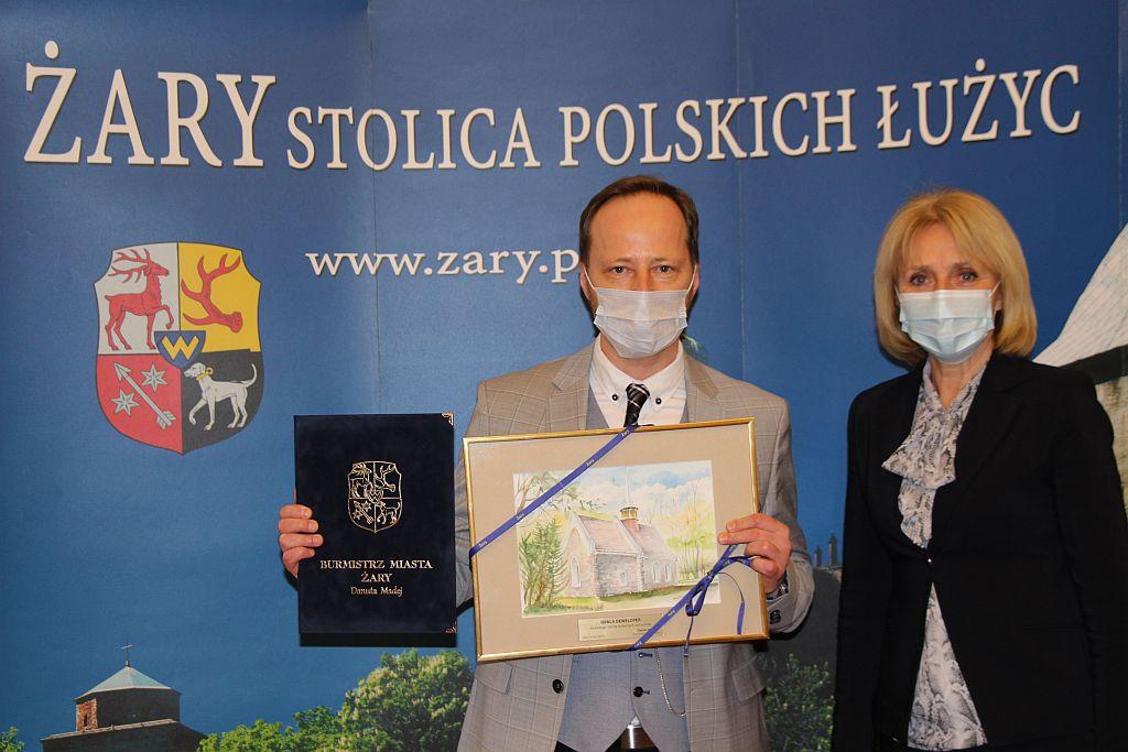 Ilustracja do informacji: Gratulacje dla żarskiej firmy Opala Deweloper